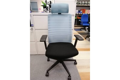 Highback Chair w headrest ( Clearance Stock)